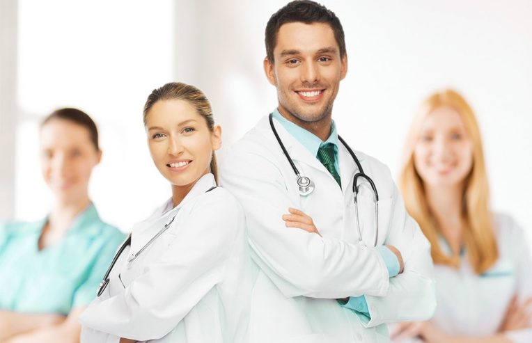 Young-team-or-group-of-doctors-1-1046×675-1